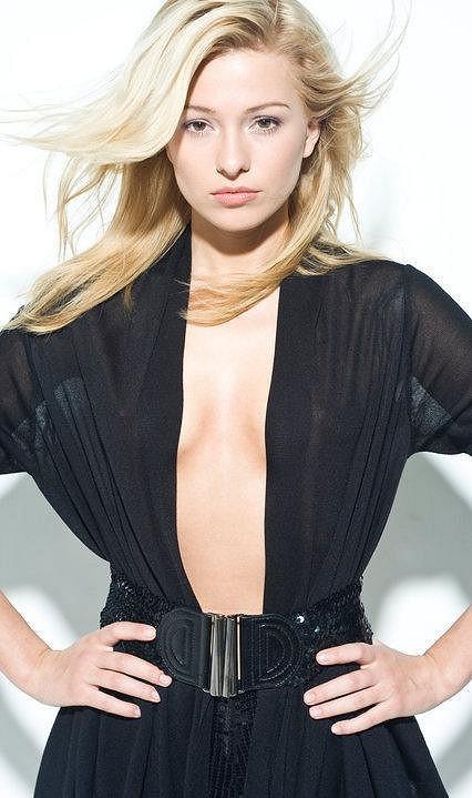 Modeling dělala ještě jako blondýnka.