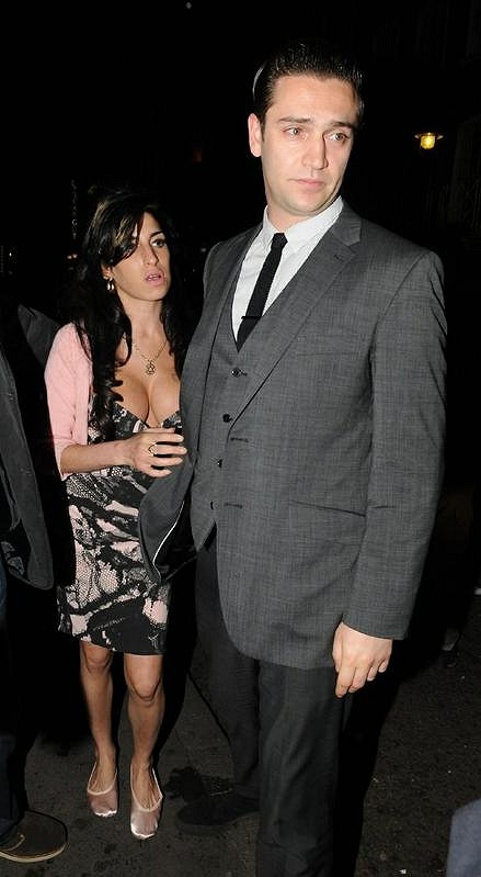 Amy Winehouse se svým posledním přítelem Regem Travissem.