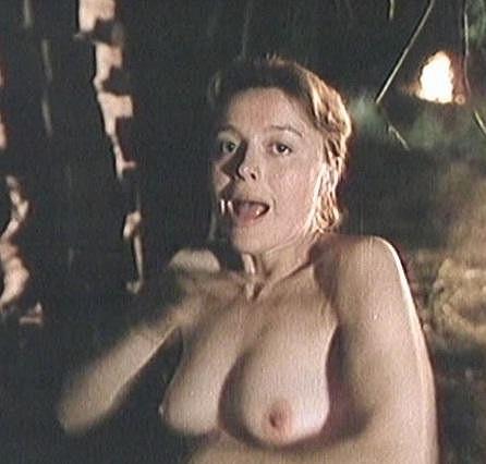 Magda Vášáryová ve filmu Pustý dvor