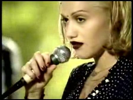 Gwen Stefani v klipu k Don't Speak.