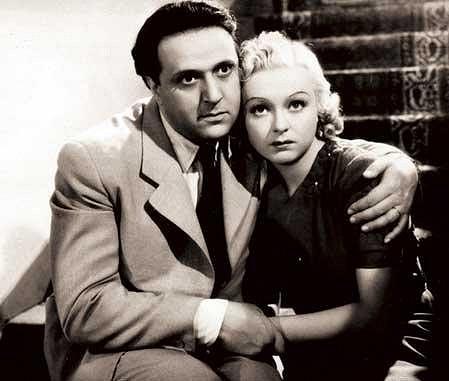 Věra Ferbasová s Hugo Haasem ve filmu Andula vyhrála! (1938).