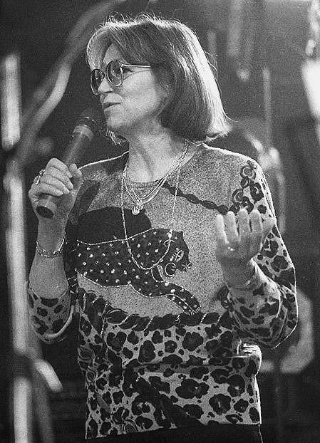 Marta Kubišová roku 1989 na koncertu pro všechny slušné lidi.