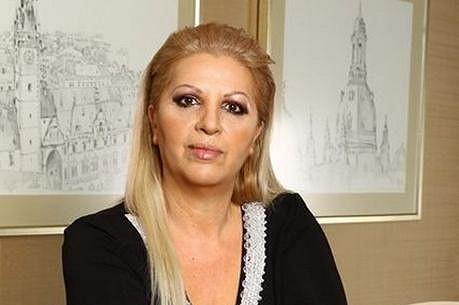Nora Mojseová.