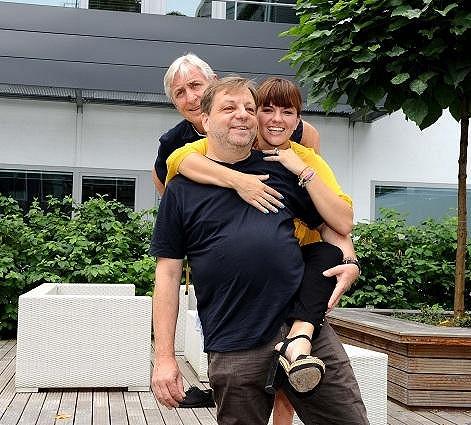 Milan s hereckými kolegy Karlem Heřmánkem a Martou Jandovou.