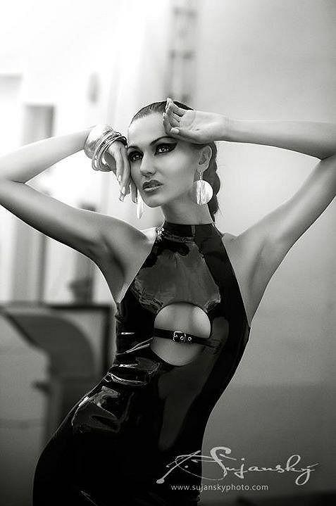 Eliška Bučková umí být pořádně sexy.