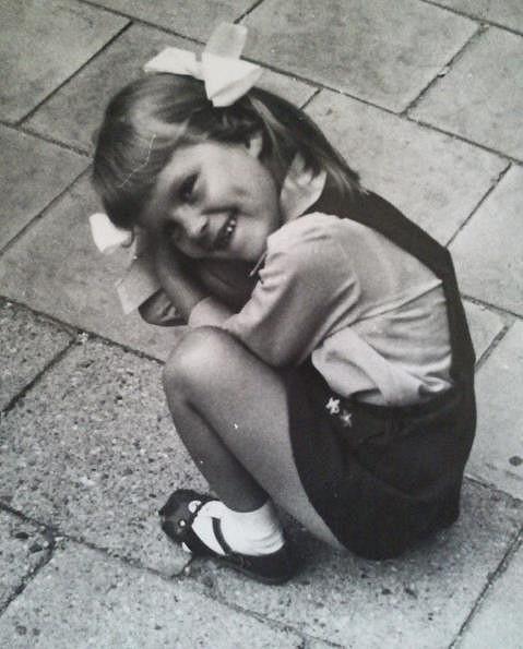 Simona byla rozkošná holčička.
