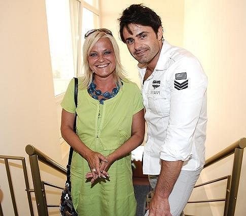 Markéta s Mirkem Šimůnkem, se kterým se potká v srpnu při moderování charitativní akce Noc s hvězdami na hradě Houska.