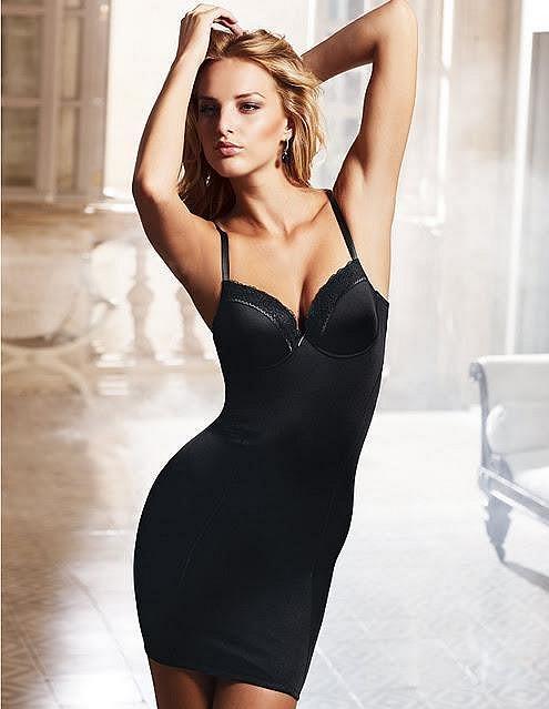 Michaela Kociánová se zase naplno může věnovat modelingu v zahraničí.