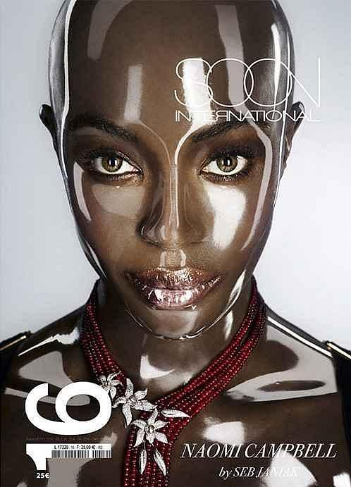 Lysá Naomi Campbell na obálce magazínu Soon International.
