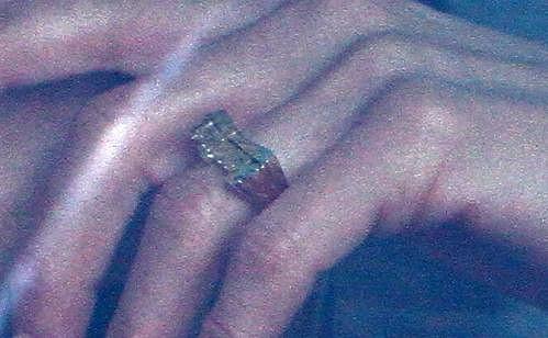 Snubní prsten Jennifer Aniston.