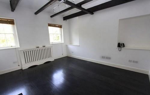 Interiéry domu, kde zemřela Amy Winehouse.
