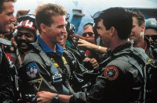 Val Kilmer a Tom Cruise ve snímku Top Gun.
