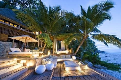 Večery v tropickém ráji jsou plné romantiky.