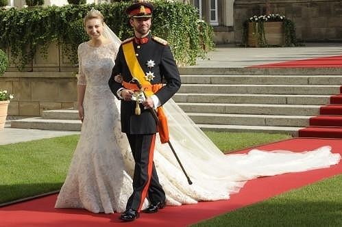 Novomanželé princ Guillaume a hraběnka Stephanie