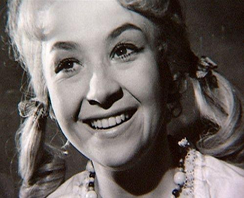 Takhle vypada Karolína ve svých hereckých začátcích.