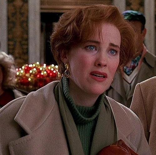 Catherine coby maminka Macaulaye Culkina ve filmu Sám doma.