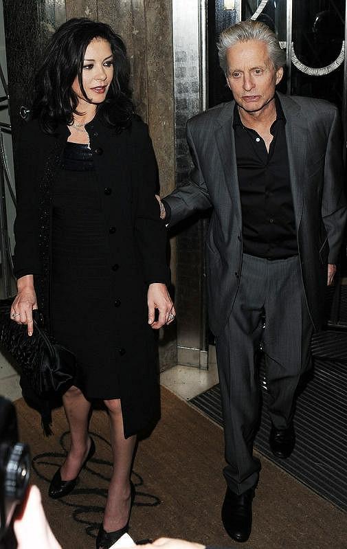 Michael Douglas a Catherine Zeta-Jones v únoru 2011.