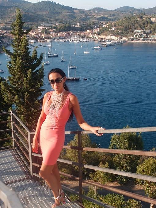 Po Maledivách navštívila zpěvačka i italský ostrov Elba.