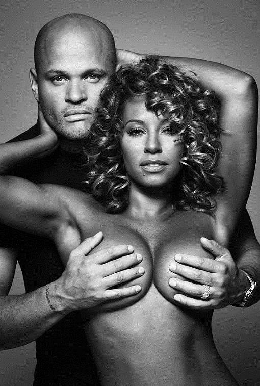 Mel B s manželem Stephenem Belafontem pro Cosmopolitan.