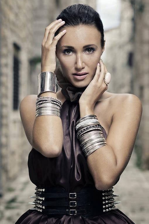 Taťáně zajišťoval make-up její dvorní stylista Filip Sam Dolce.
