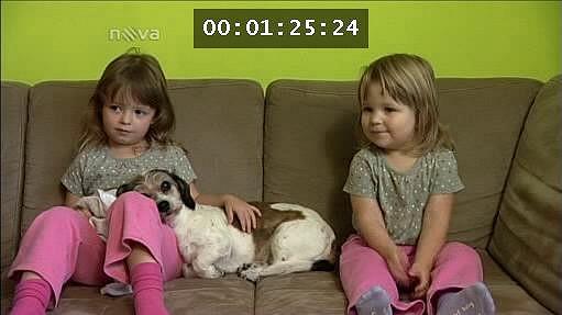 Strnadovi mají dvě rozkošné holčičky.
