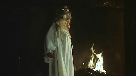 Jana Šulcová se ve filmu Oldřich a Božena zcela odhalila.