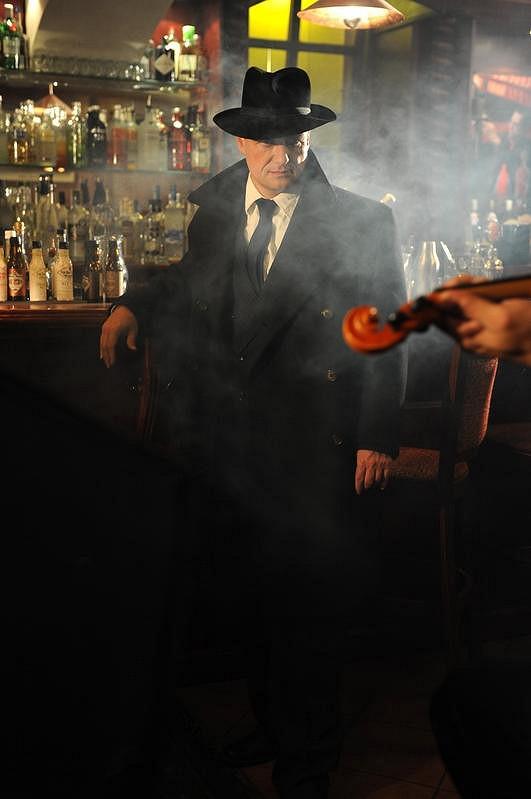 Když v báru houstne dým...
