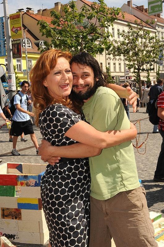 Simona Stašová s Pavlem Liškou na akci Cihla
