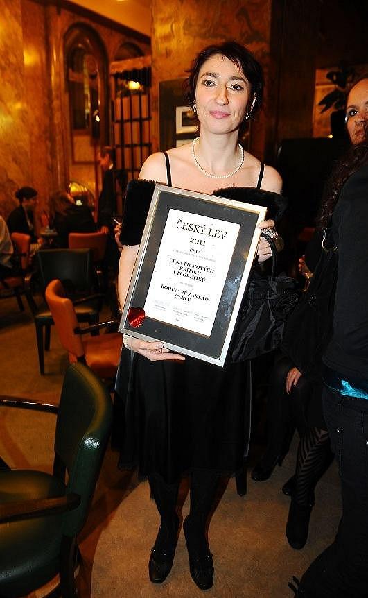 Simona Babčáková je nominována za film Rodina je základ státu na Českého lva.