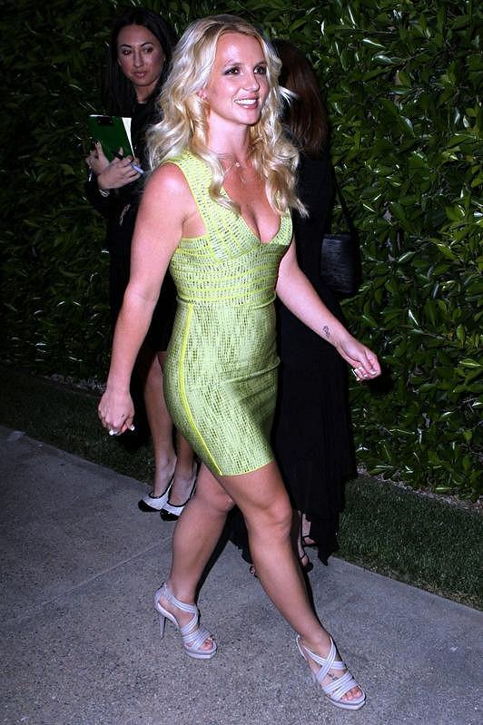 Na Britney ve středu večer všichni obdivně koukali.