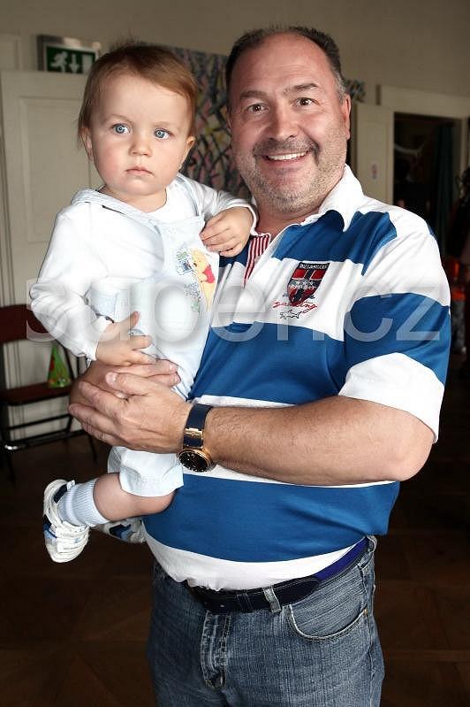 Michal David s vnukem Sebastianem