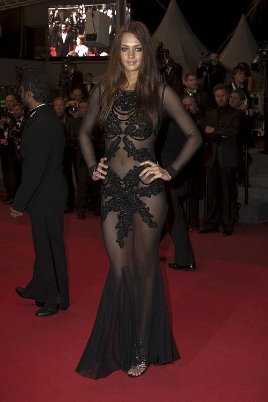 Candice Boucher se svým odvážným modelem.