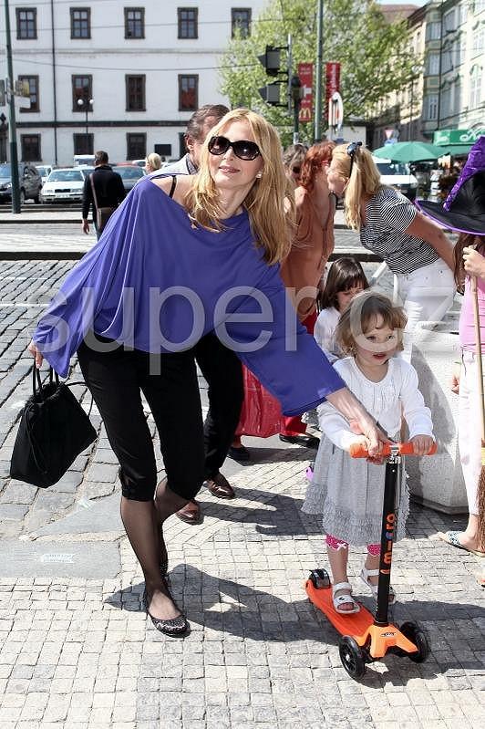 Ivanka Gottová s nejmladší dcerkou Nelly, která slaví narozeniny za tři týdny