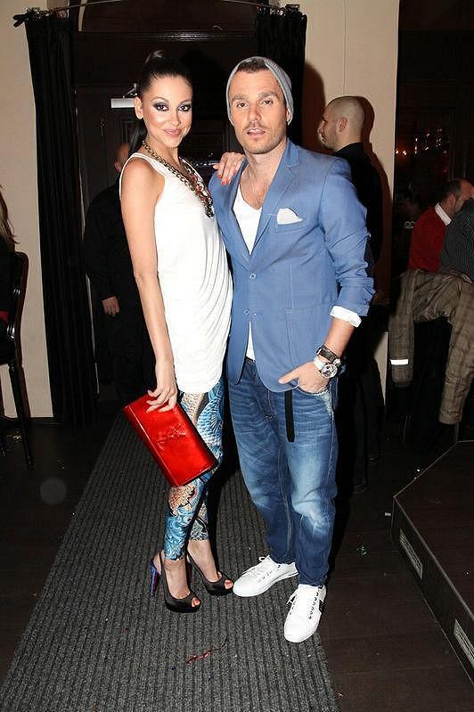Leoš Mareš s přítelkyní Hankou Svobodovou na valentýnské párty
