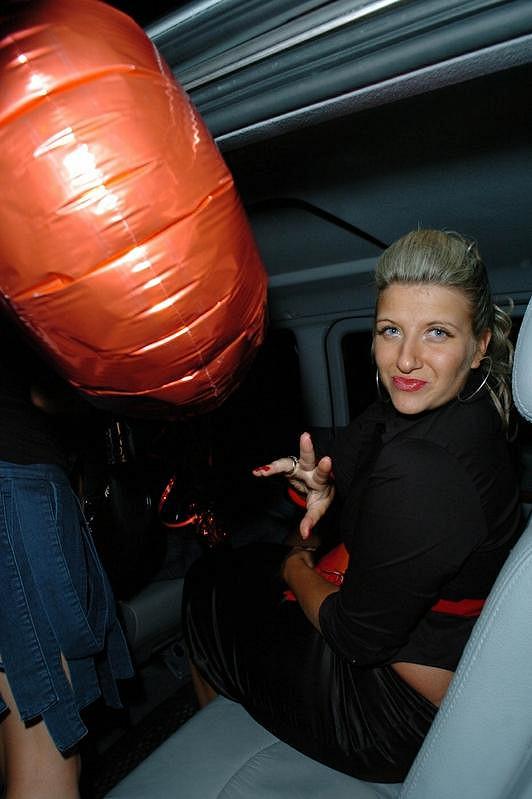 Mladší sestra Davida Beckhama Joanne na oslavě svých 24. narozenin.