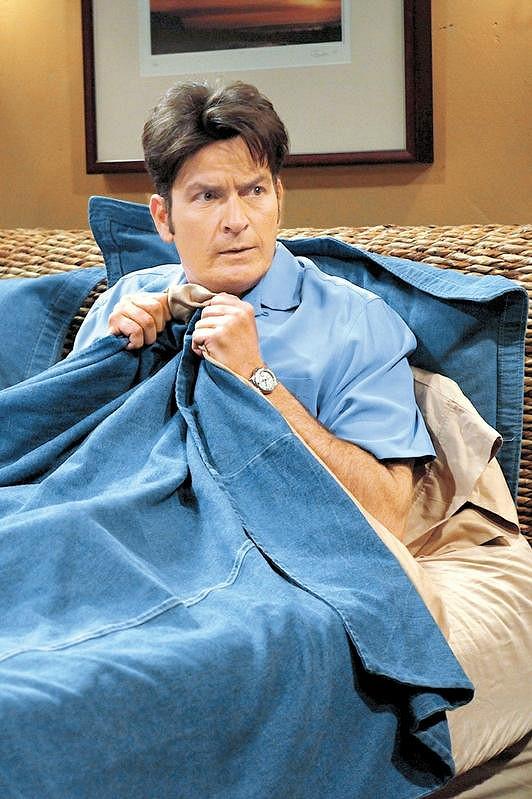 Charlie Sheen ve Dva a půl chlapa.