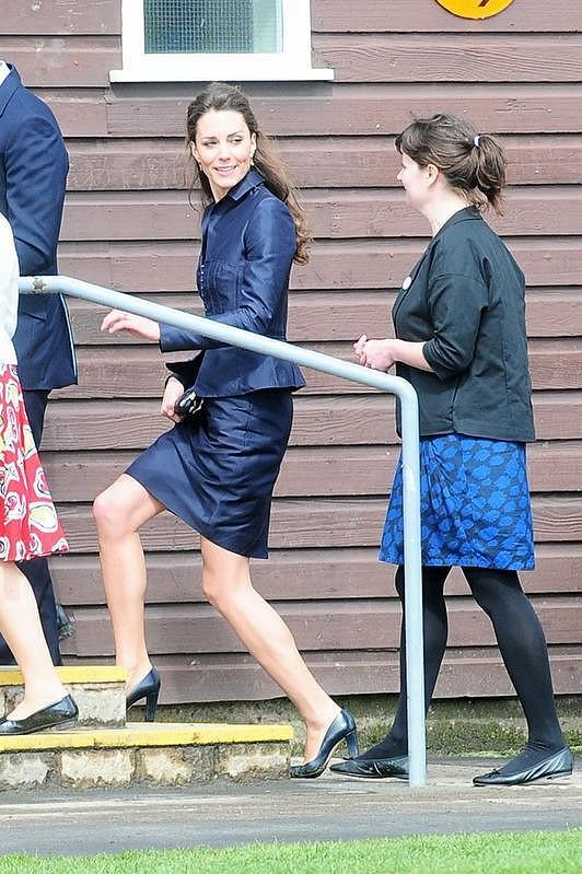 Média vyčítají Middletonové zejména vyhublé a kostnaté nohy.