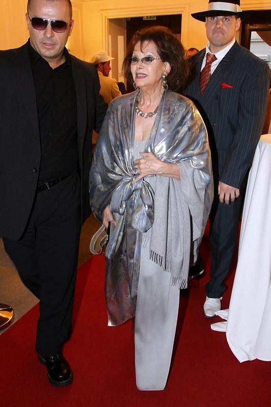 Filmová legenda Claudia Cardinale nezapřela svůj italský šarm.