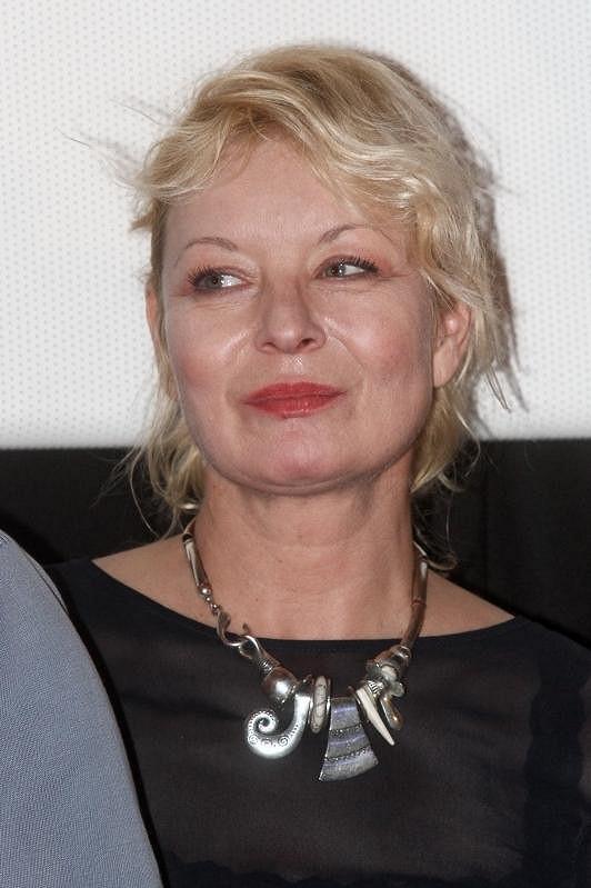 Vilma Cibulková nebyla zrovna upravená a vypadala unaveně.
