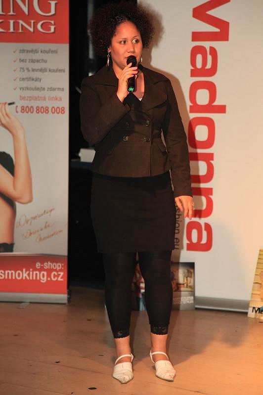 Na akci zazpívala Madalena Joao.
