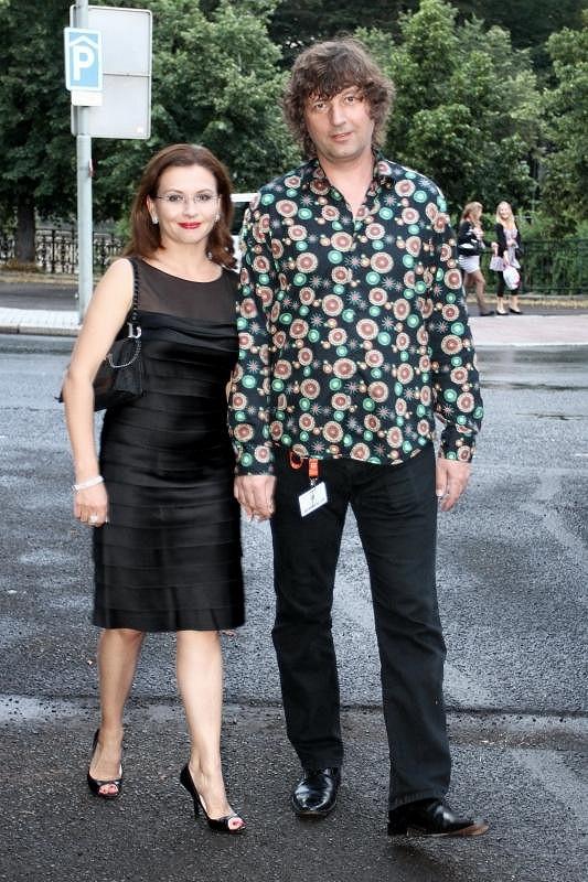 Dana Morávková s manželem Petrem Maláskem mají stálý outfit.