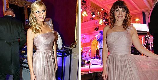 Zorka a Míša oblékly stejné šaty.