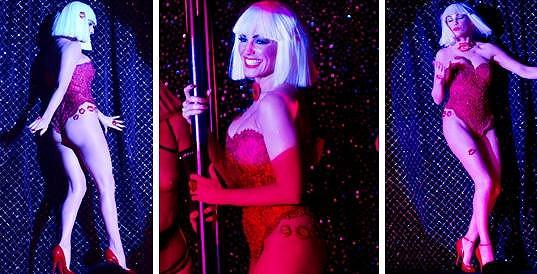 Kelly Brook nedávno otevírala kabaret...