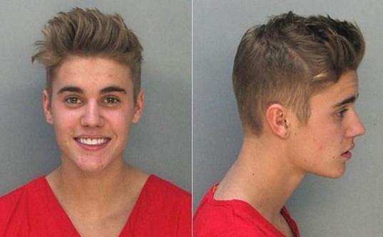 Justin Bieber měl ze svého prohřešku legraci i před policií.