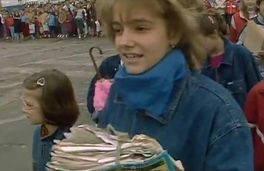 Patnáctiletá Dara Rolins šla všem příkladem.