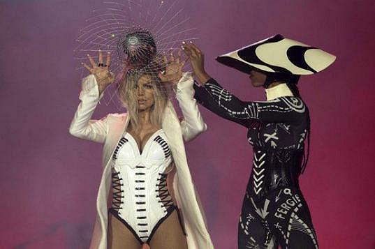 Rozvádějící se Fergie má za sebou koncert v brazilském Riu.