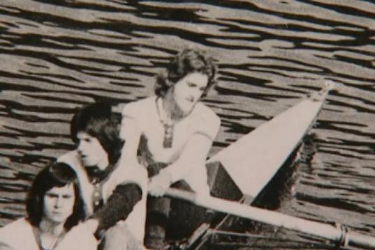 V mládí reprezentoval Československo ve veslování.