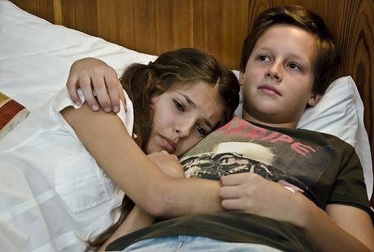 V Gymplu měla 'milostnou' scénu s Jáchymem Krausem.