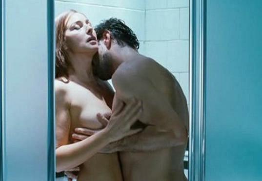 Erotická scéna z filmu Muž, který miloval (2008)