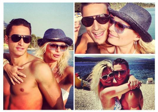 Zamilovaný páreček na prosluněné dovolené v Chorvatsku.